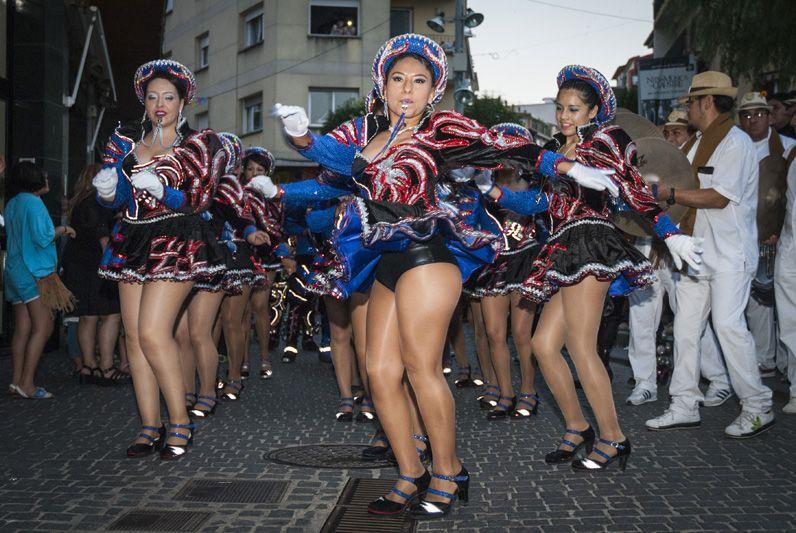 Rua de Balls Tradicionals de Bolívia. FOTOS: Aïda Sotelo