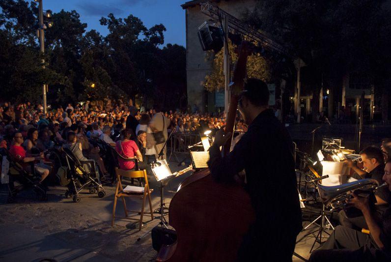 La música en directe l'ha posada la Cobla La Principal del Llobregat. FOTO: Aida Sotelo