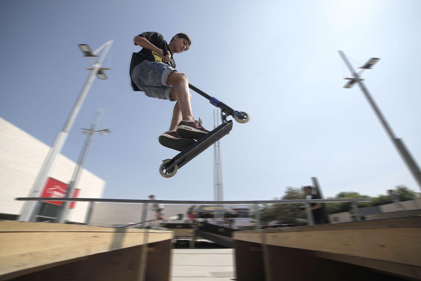 Open Skate Park a la Plaça Victòria dels Àngels. FOTO: Artur Ribera