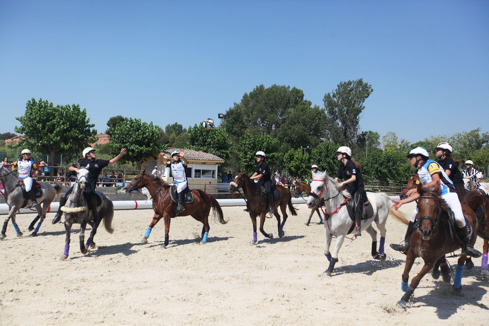 Campionat d'Espanya de Horseball Sub-16 a l'Hípica Can Caldés. FOTOS: Lali Puig