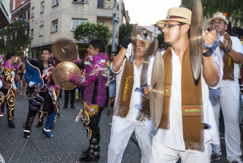 Rua de Balls tradicionals de Bolívia.  FOTO: Aïda Sotelo