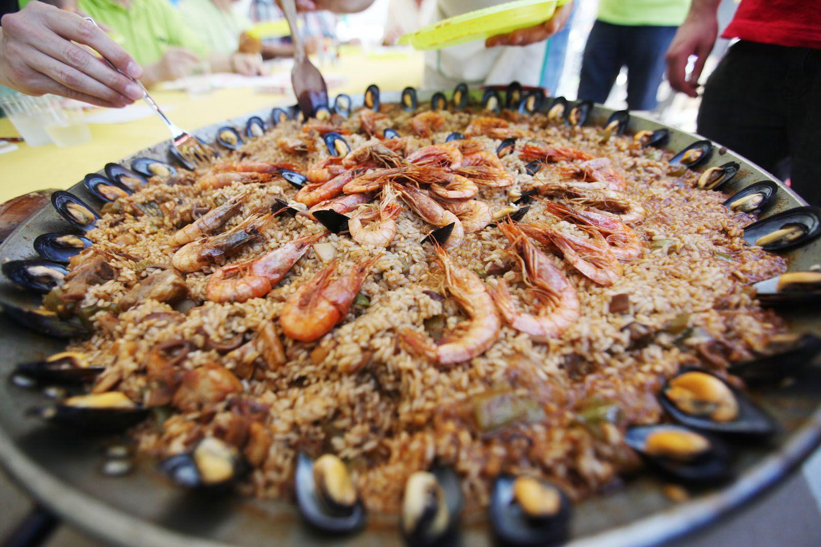 El jurat valorarà les paelles a les 13 hores FOTOS: Lali Puig
