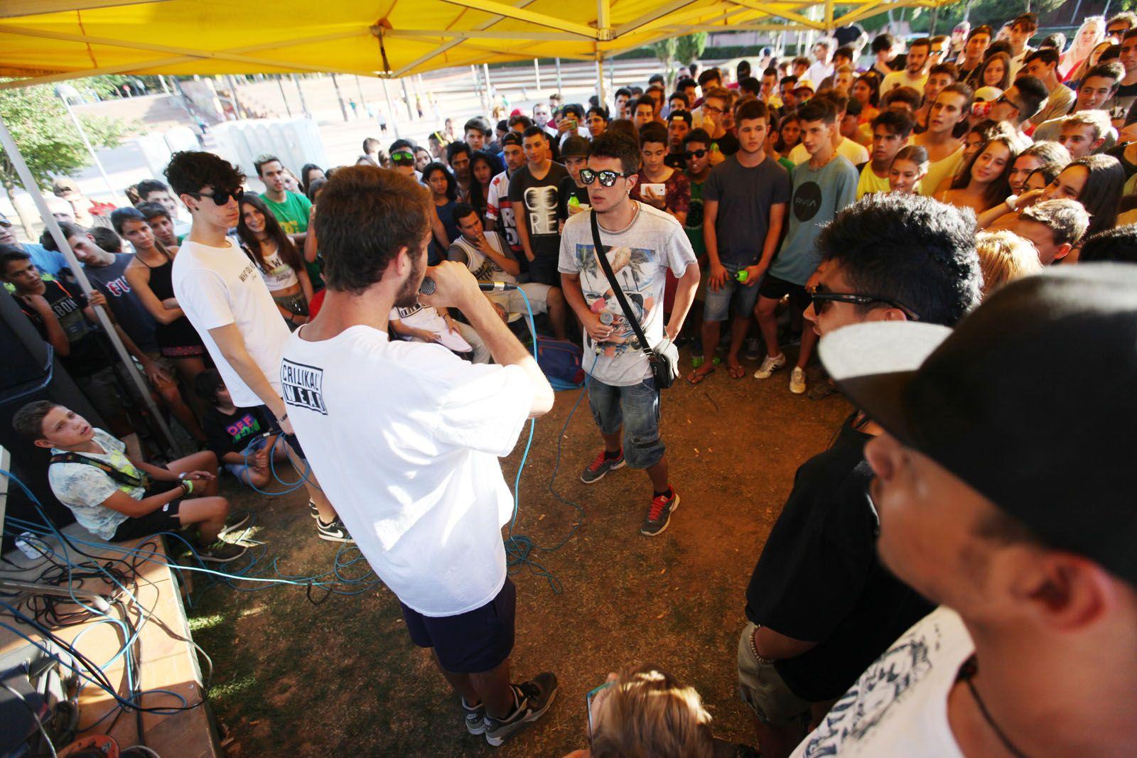 Batalla de galls, competició de rap al Parc Ramon Barnils. FOTOS: Lali Puig