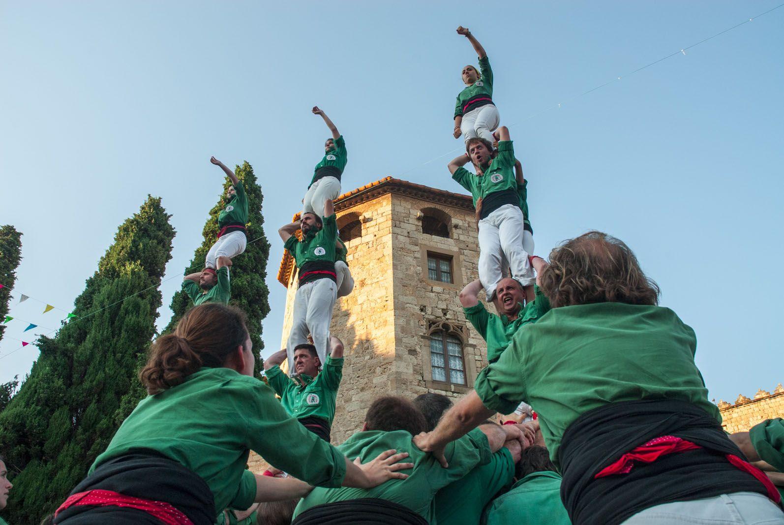 L'actuació ha finalitzat amb els Pilars de Comiat. FOTO: Aida Sotelo
