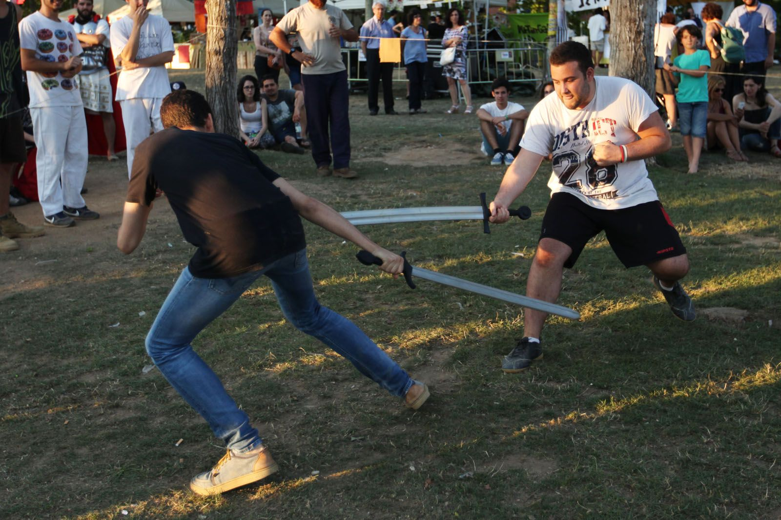 Softcombat al Parc Ramon Barnils. FOTOS: Lali Puig