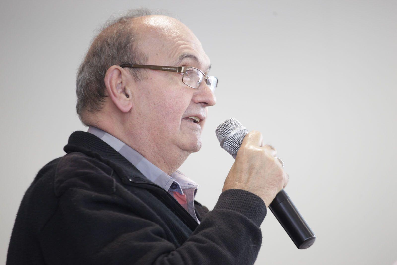 El Sr. Castro durant la seva intervenció. FOTO: Artur Ribera