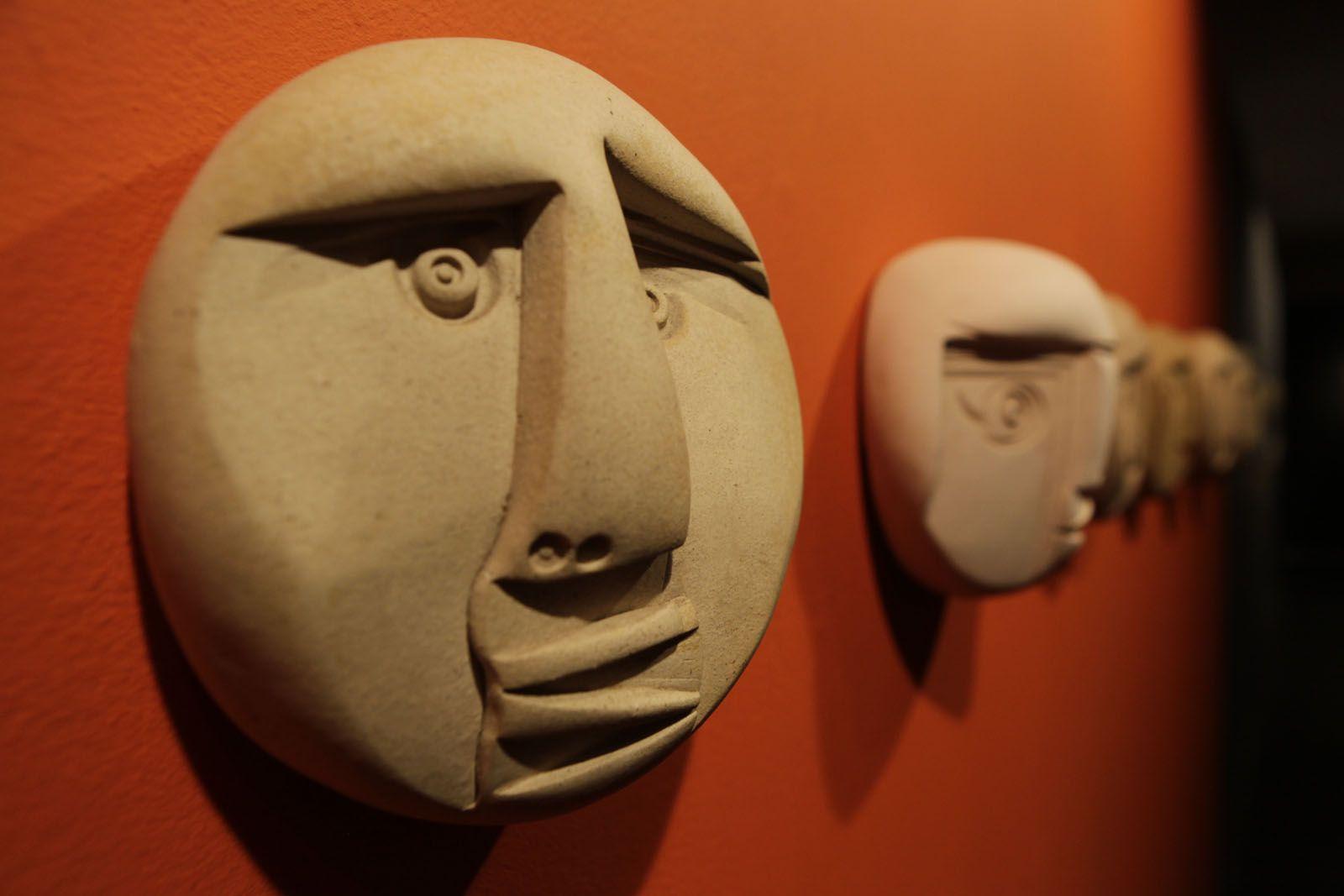 Els rostres creats per Gisbert  FOTO: Artur Ribera