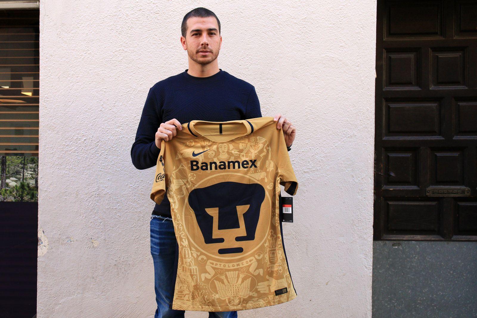 Marcos Reina, un entrenador de futbol que fa carrera al Pumas mexicà
