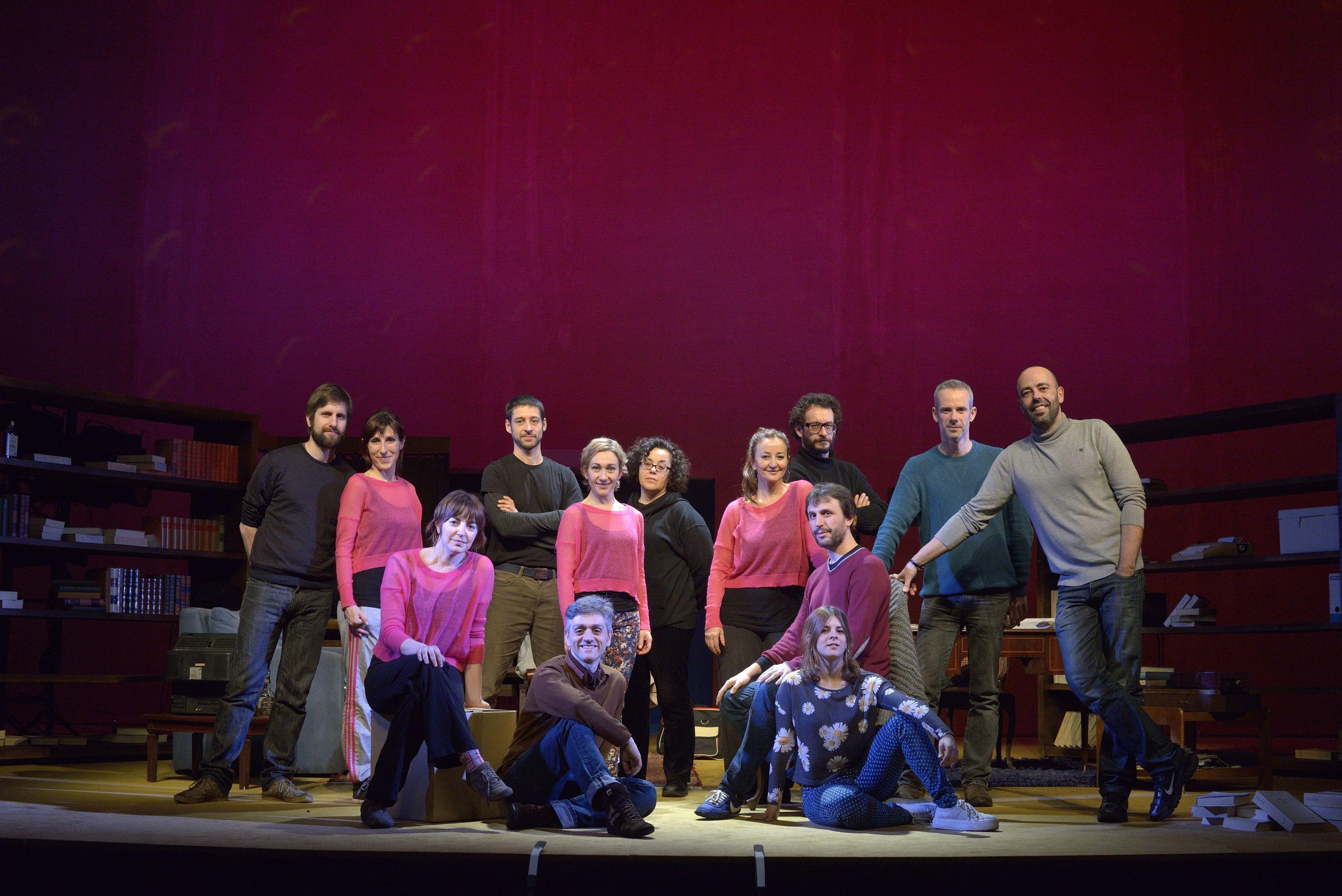 El santcugatenc amb la companyia T de Teatre  FOTO: Cedida