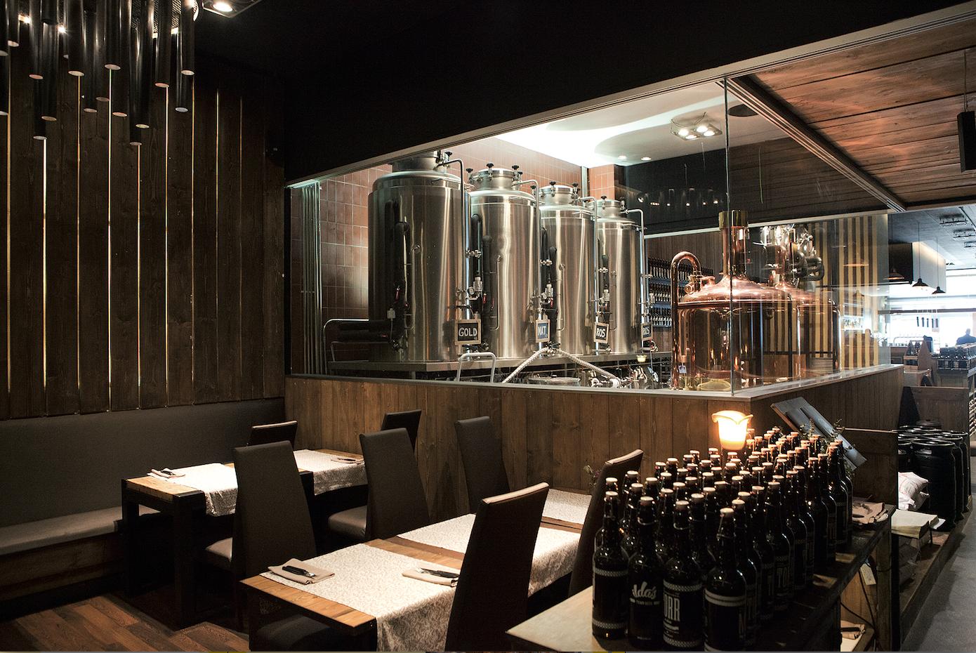 Interior del restaurant Xarlot FOTO: Arxiu