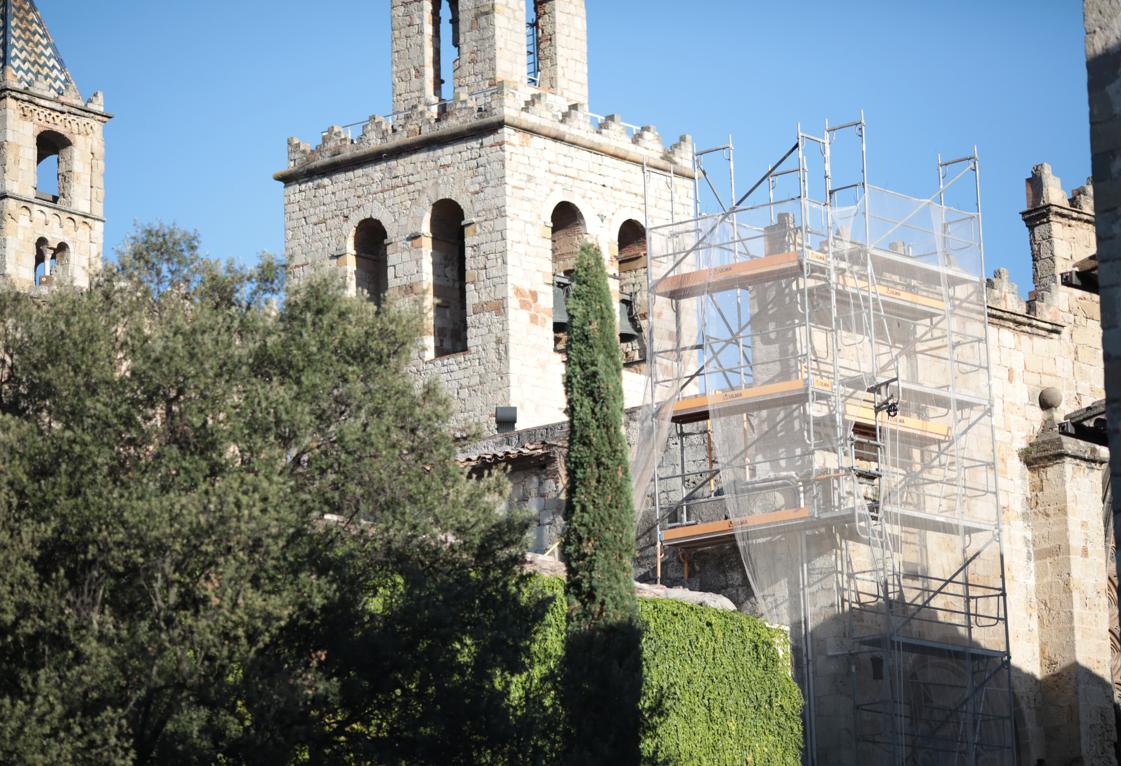 Les bastides acompanyaran el Monestir de Sant Cugat FOTO: Artur Ribera