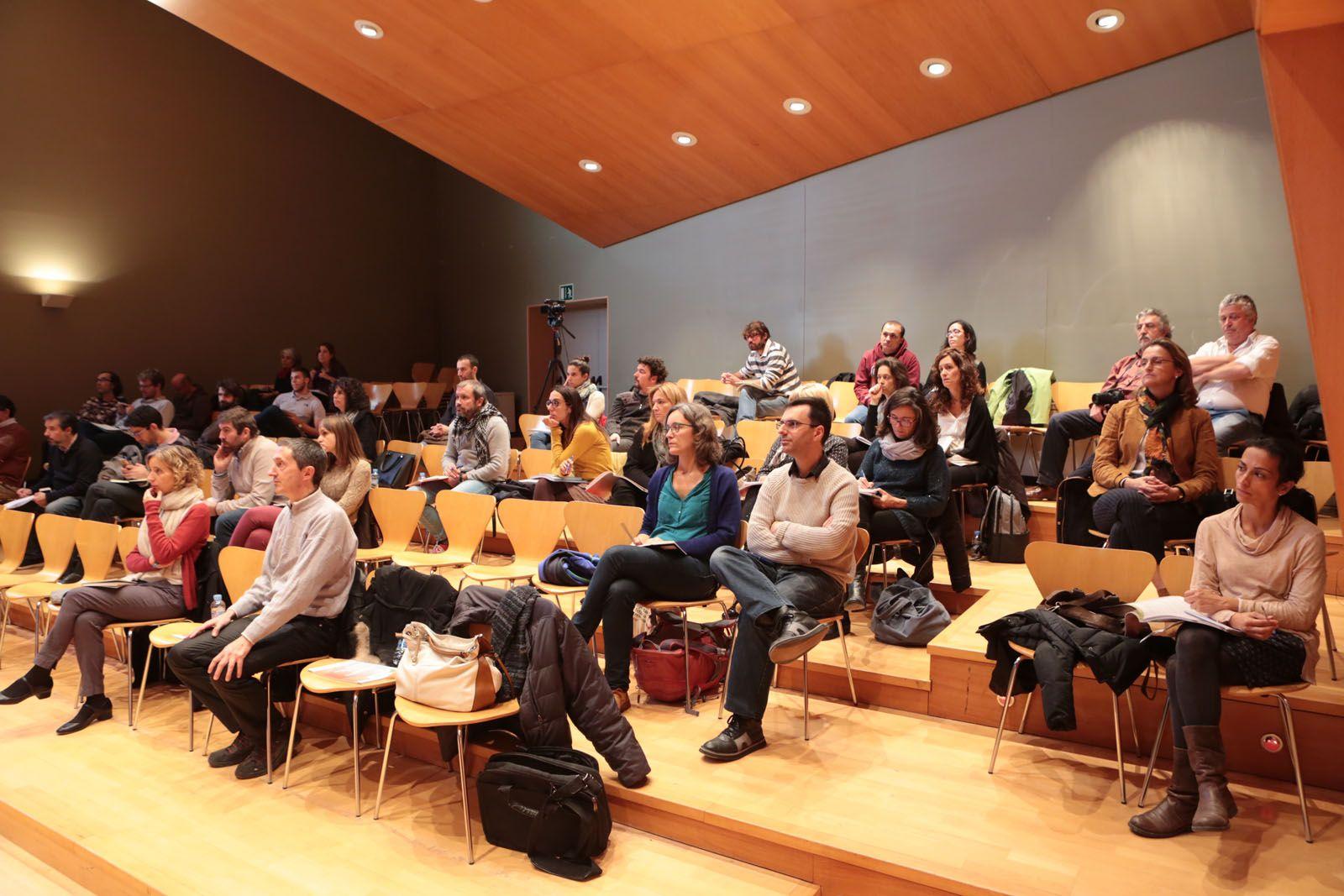 Tècnics municipals d'ajuntaments catalans han assistit a la trobada FOTO: Artur Ribera