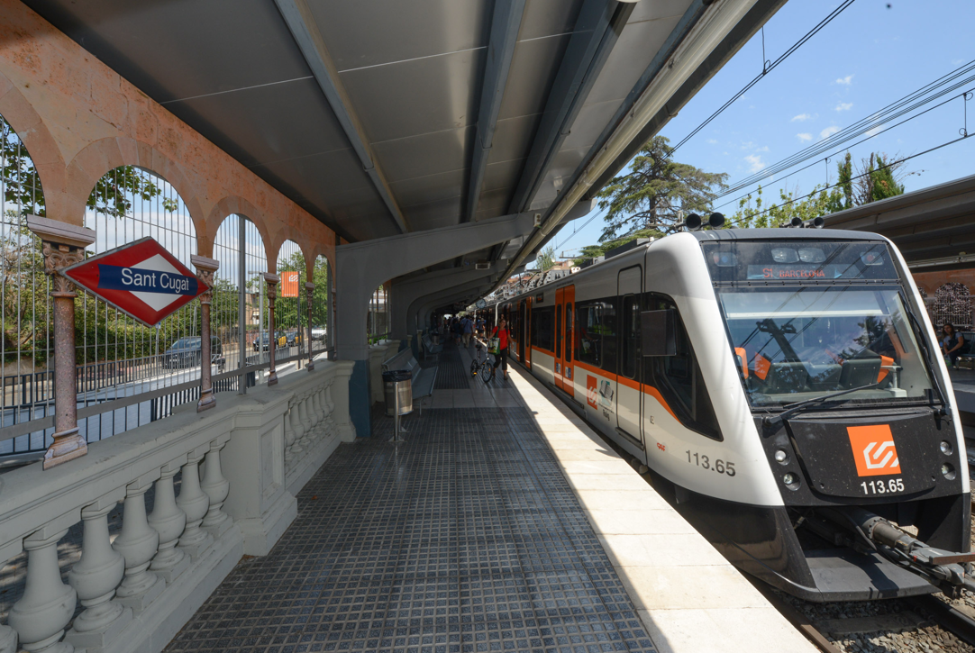 La estación de Ferrocarriles de Sant Cugat conecta con el centro de Barcelona en 25 minutos.