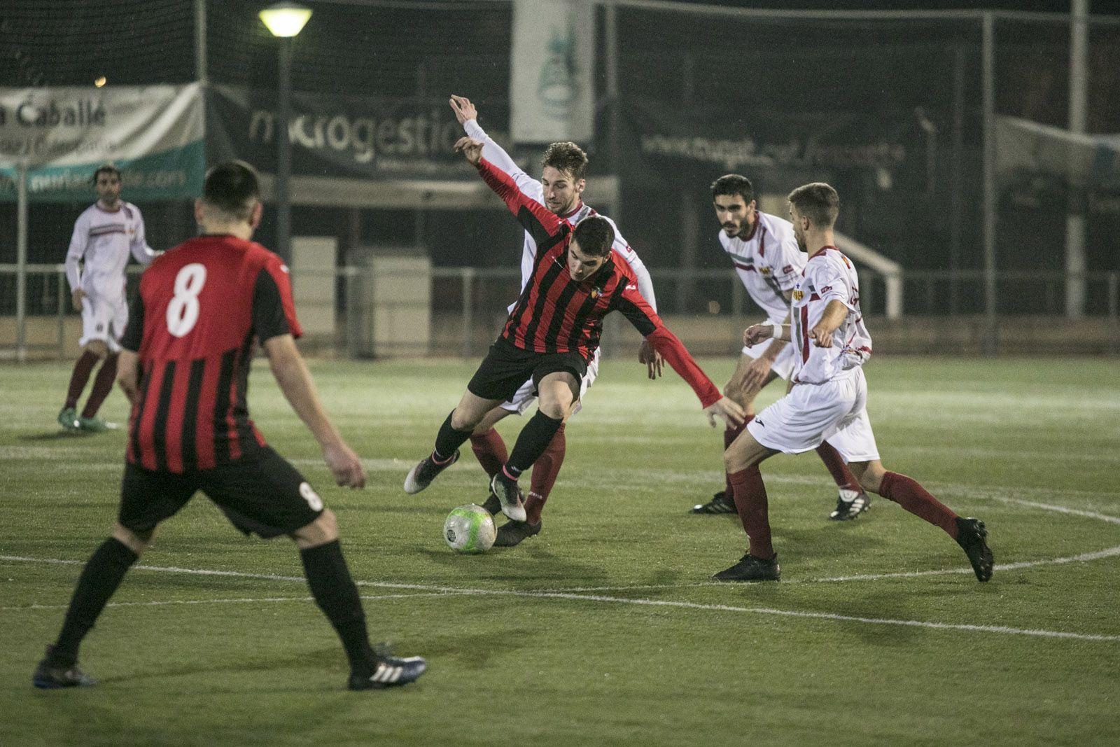 El balanç del Sant Cugat FC a la ZEM Jaume Tubau és de 2 victòries, 3 empats i 4 derrotes. FOTO: Lali Puig