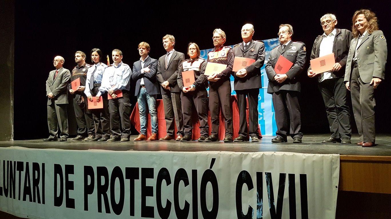 Foto de família dels reconeguts durant l'acte. FOTO: @emergenciescat