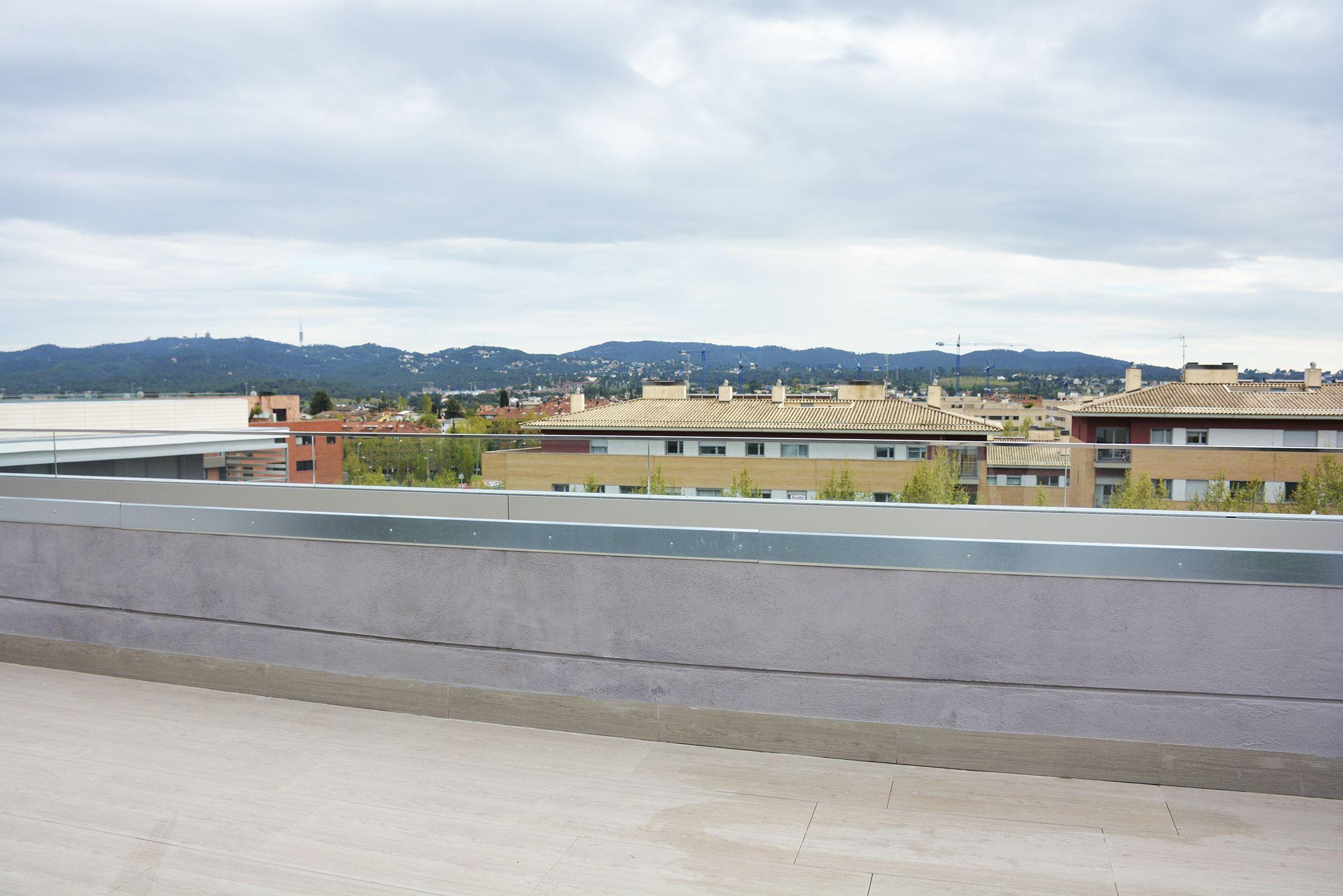 Des de la terrassa es pot veure fins la serra de Collserola FOTO: Cedida