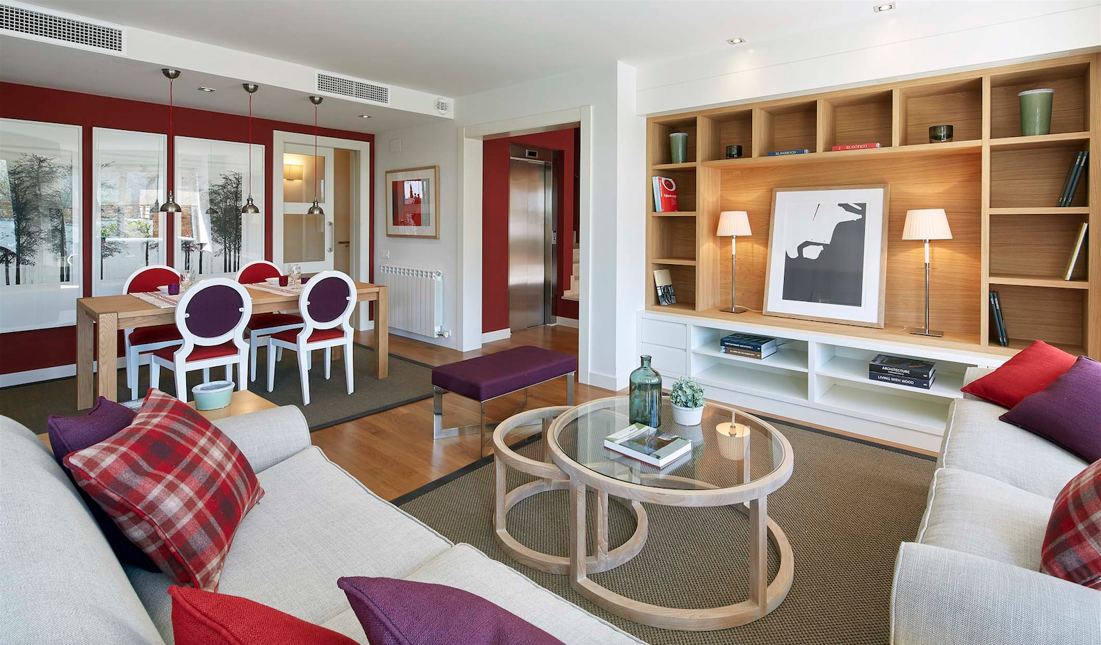 La sala d'estar i el menjador dels habitatges de Nou Can Gambús FOTO: Cedida