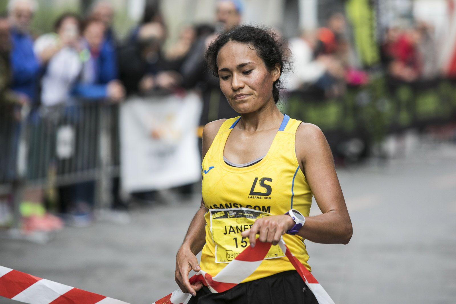 Janeth Becerra, campiona de la Mitja Marató. FOTO: Lali Puig