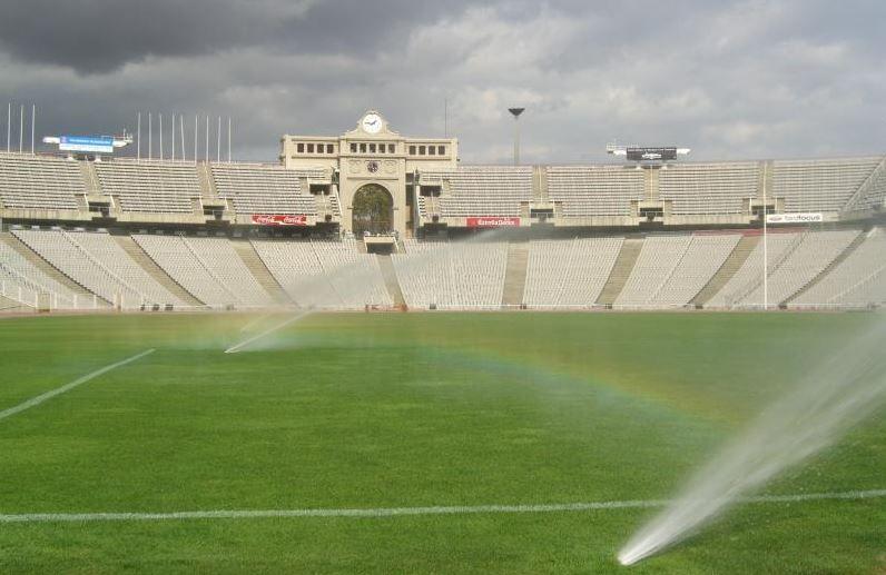 El 1989, Elia Sport van dissenyar el terreny de joc de l'Estadi Olímpic Lluís Companys per les Olimpíades de Barcelona'92