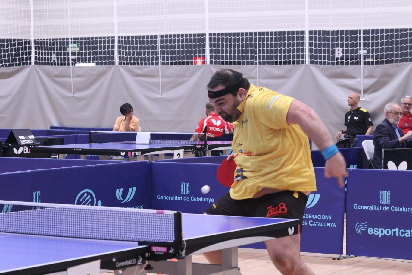 Un dels jugadors d'aquest 5è Open de Tennis de Taula Adaptat. FOTO: Lali Álvarez