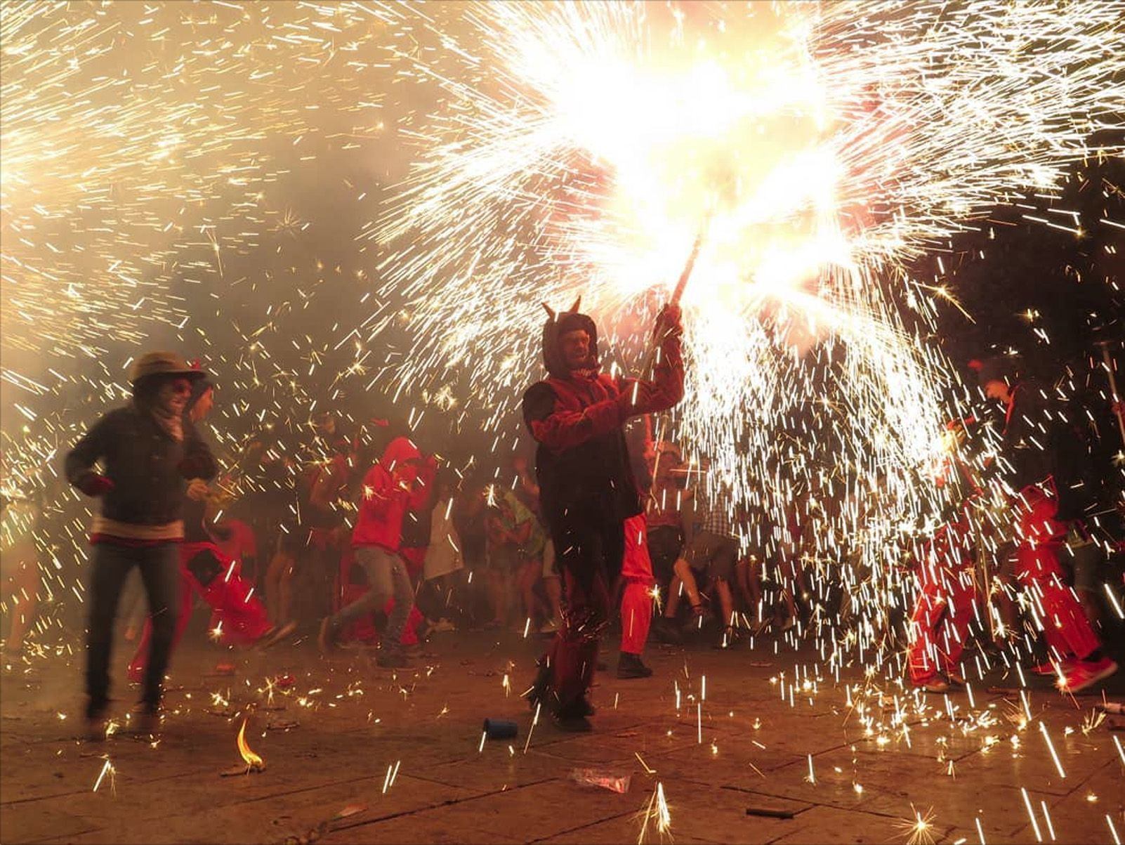 "@alexcoiffier   ""Correfoc""  Festa Major 2018, Sant Cugat del Vallès (Categoria Instagram)"