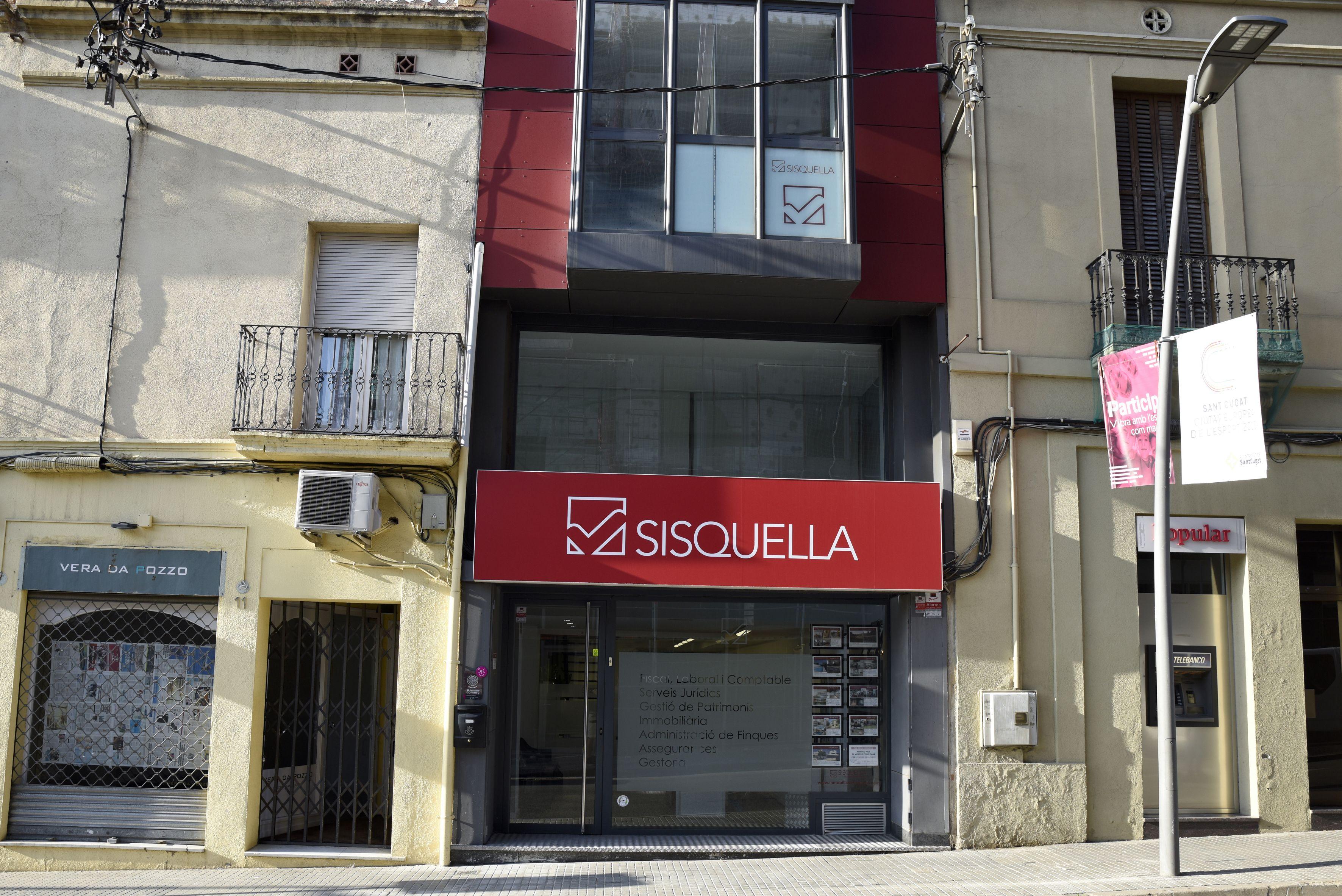 Exterior Sisquella Group