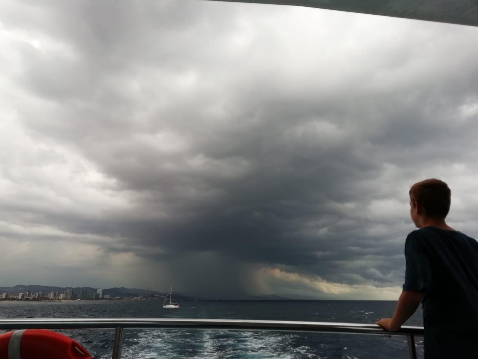 """Carme Prats """"A punt de ploure a Barcelona"""""""