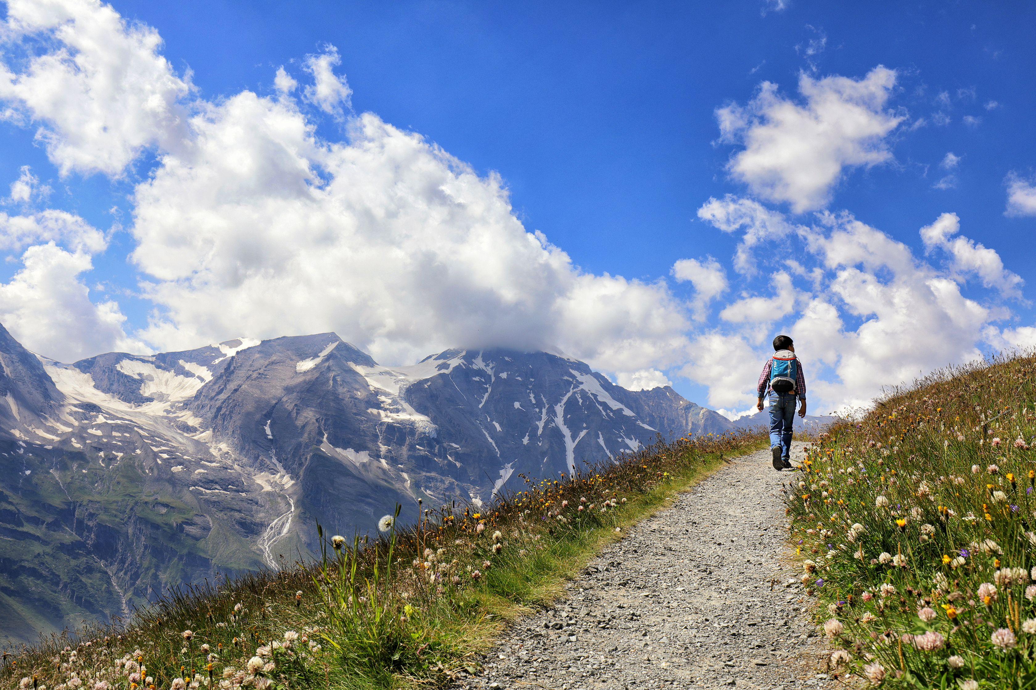 "Farrah Faye Dizon ""A Walk to the Clouds"""