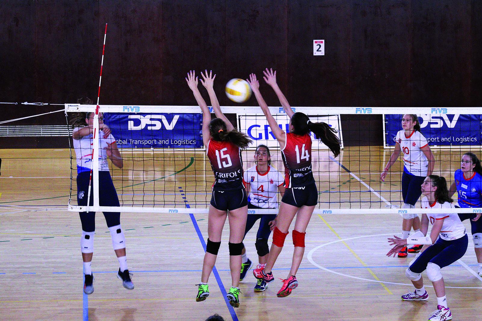 Ja s'han jugat quinze edicions del Torneig Internacional de Voleibol Base Ciutat de Sant Cugat-Miquel Martinez. Foto Arxiu Tot Sant Cugat.