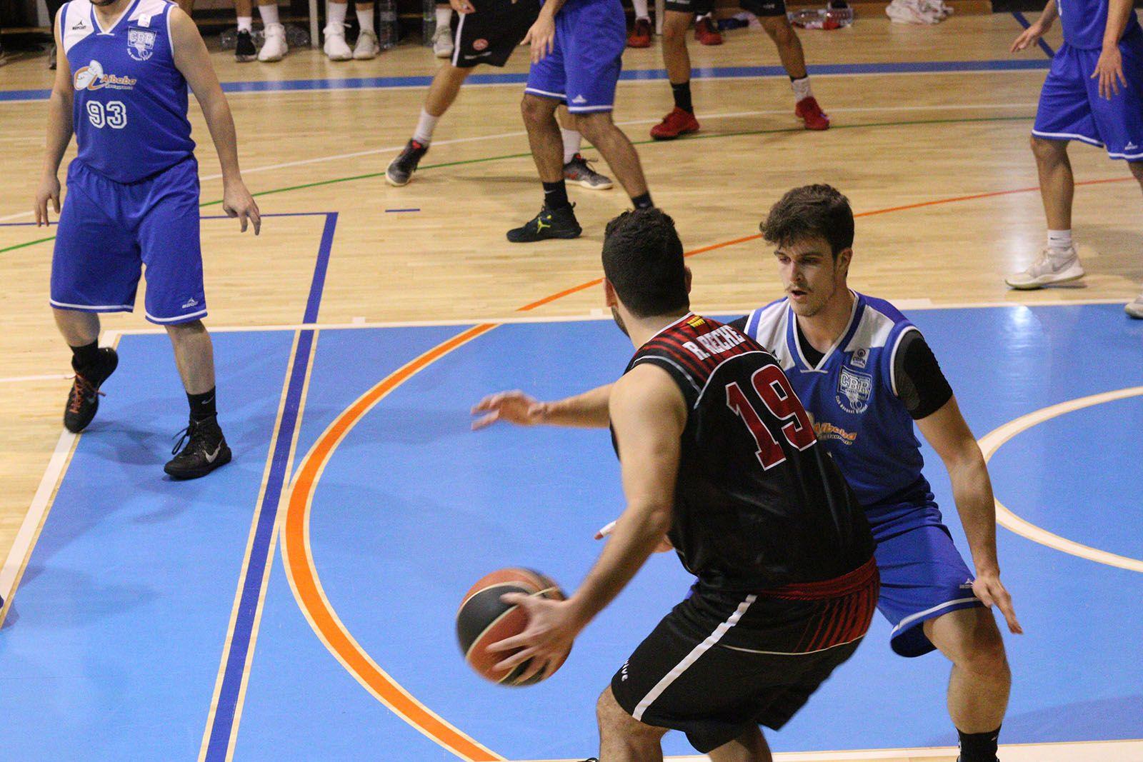 Lliga de Bàsquet: UE Sant Cugat-CB Ripollet. Foto: Lali Álvarez
