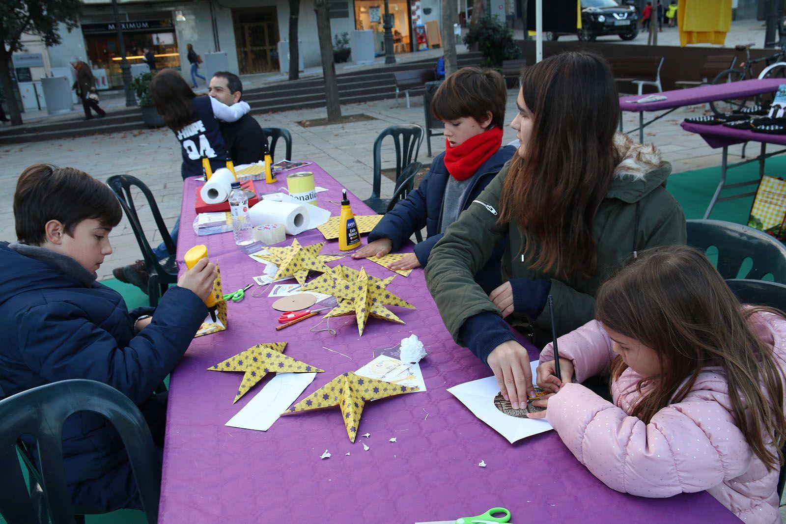 Estels per la llibertat en suport a Raül Romeva. Foto: Lali Álvarez