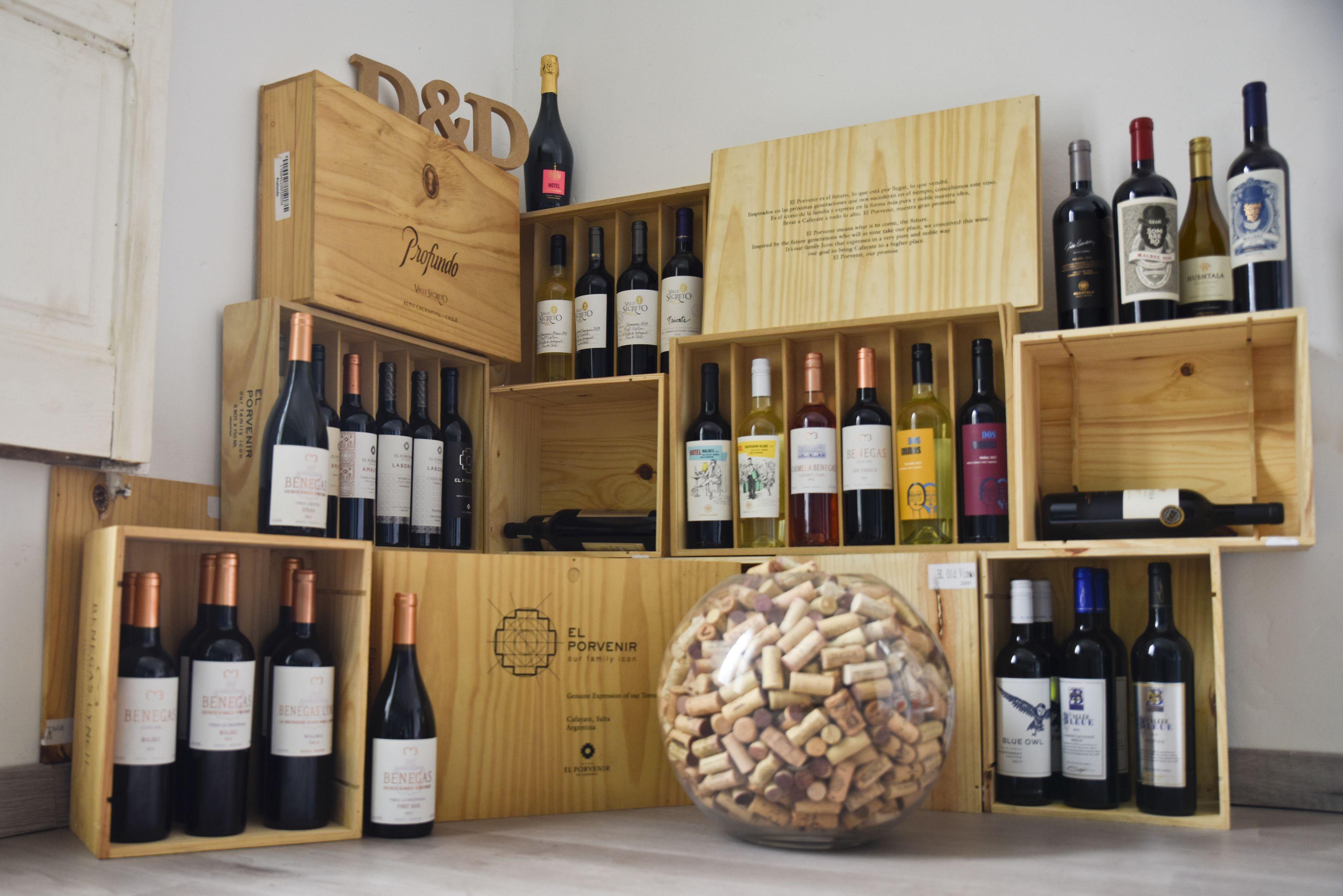 Els millors vins del món escollits amb una selecció rigorosa. FOTO: Bernat Millet
