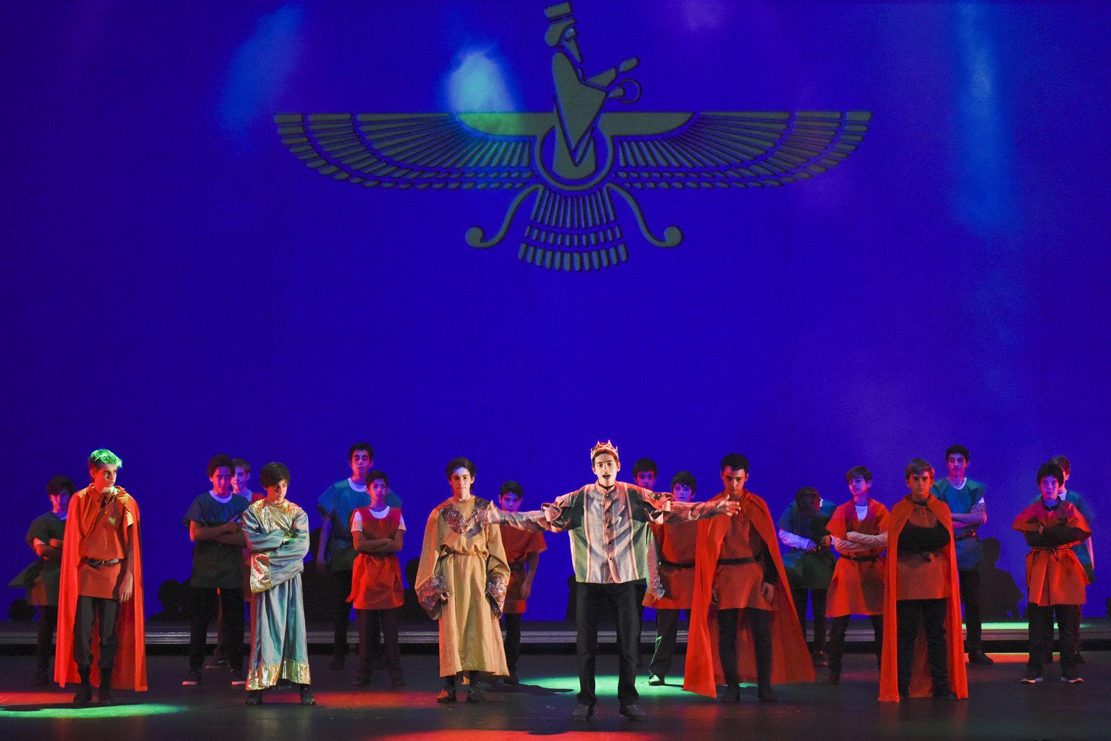 """Musical de La Farga """"Tres De Corones"""". Foto: Bernat Millet"""