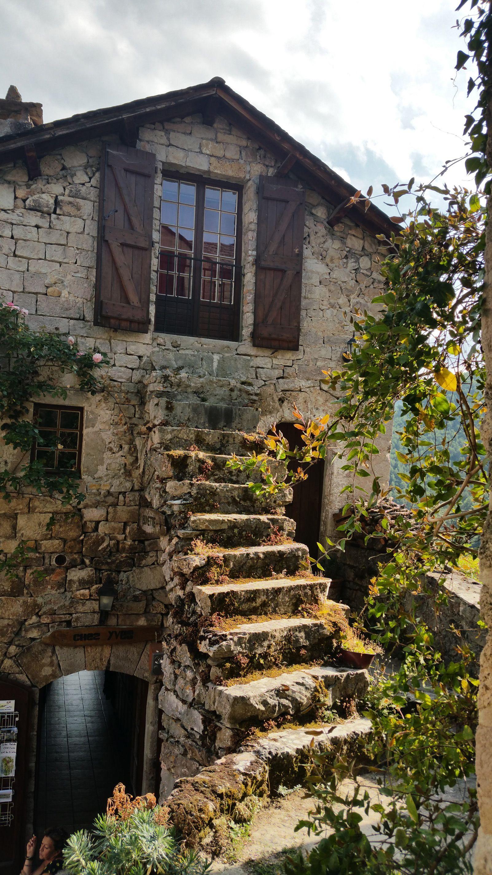 """JOAN CASCARRA i ROTLLAN """"escales a casa"""""""