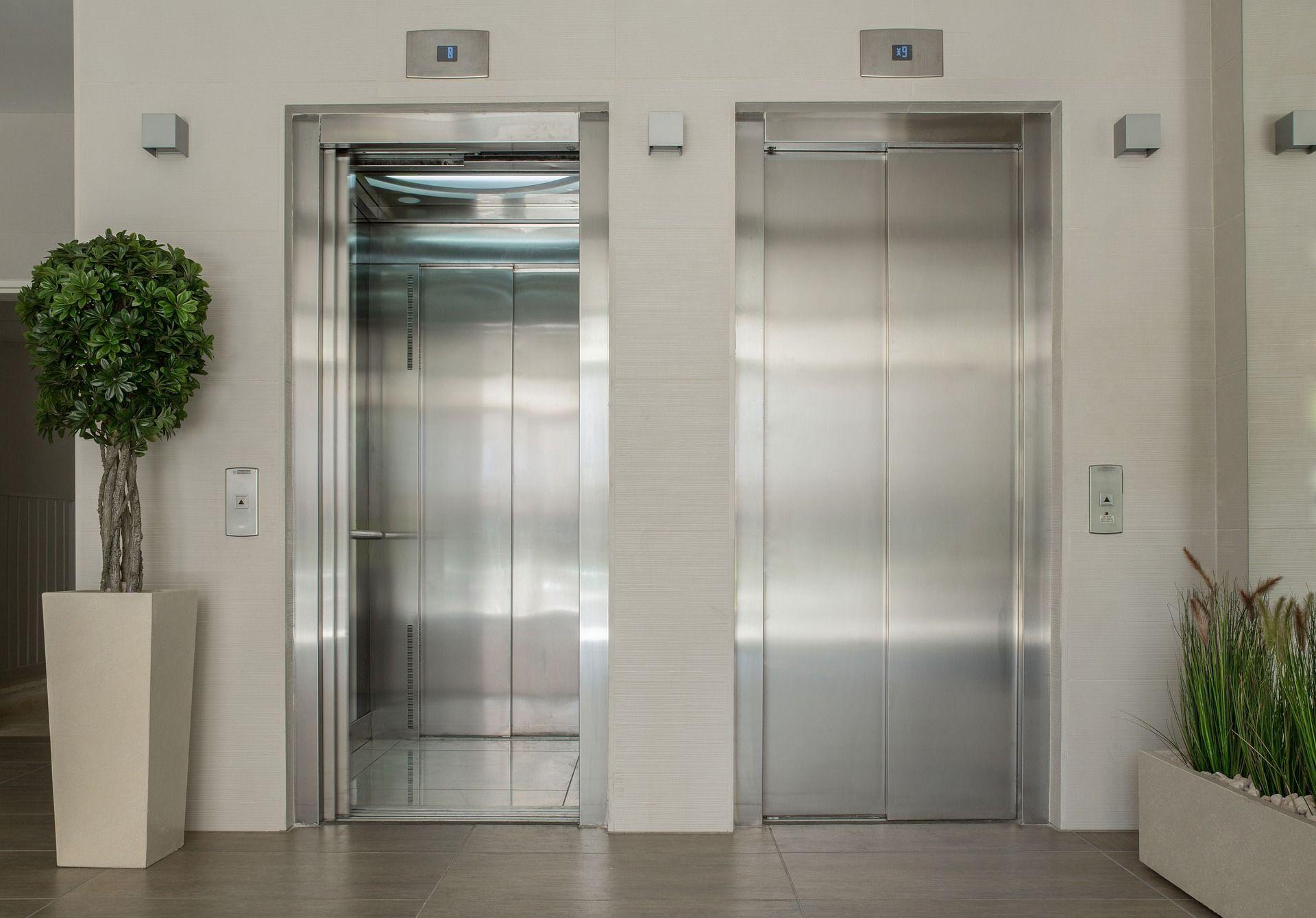 Rehabilitació d'ascensor. FOTO: Propia