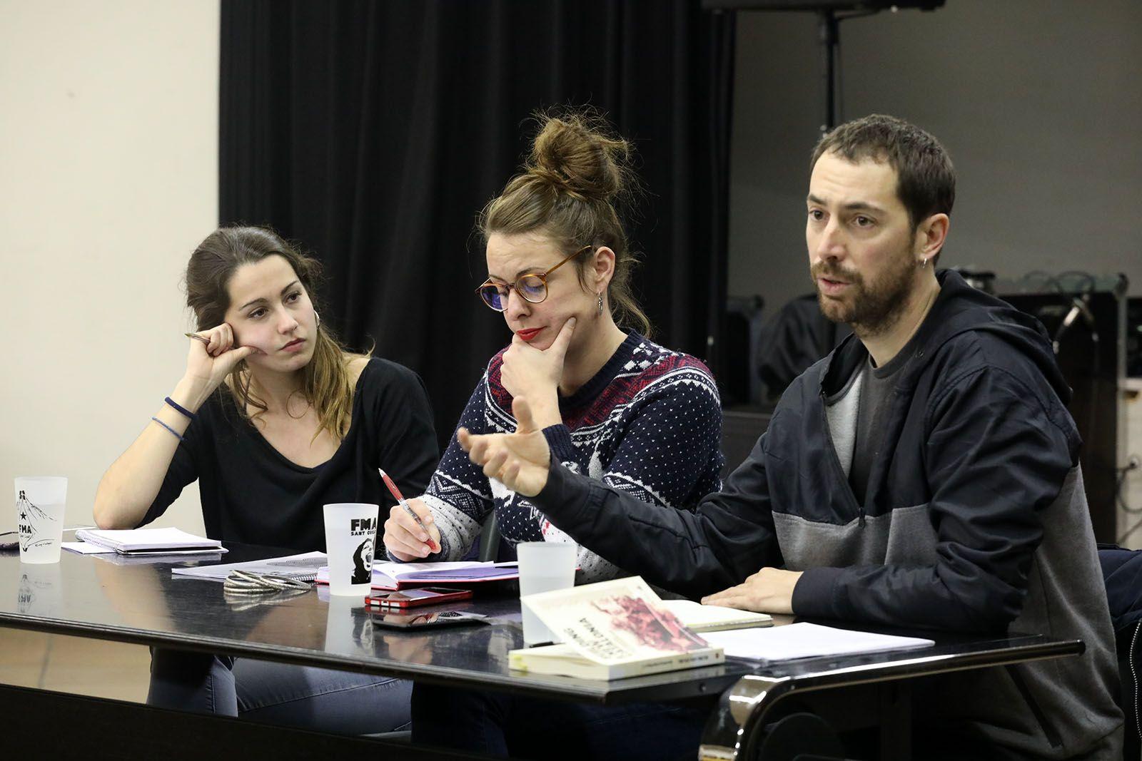 """Conferència """" Què és el feixisme i com el combatem?"""" amb Mireia Vehí i Ignasi Bernat. Foto: Lali Álvarez"""