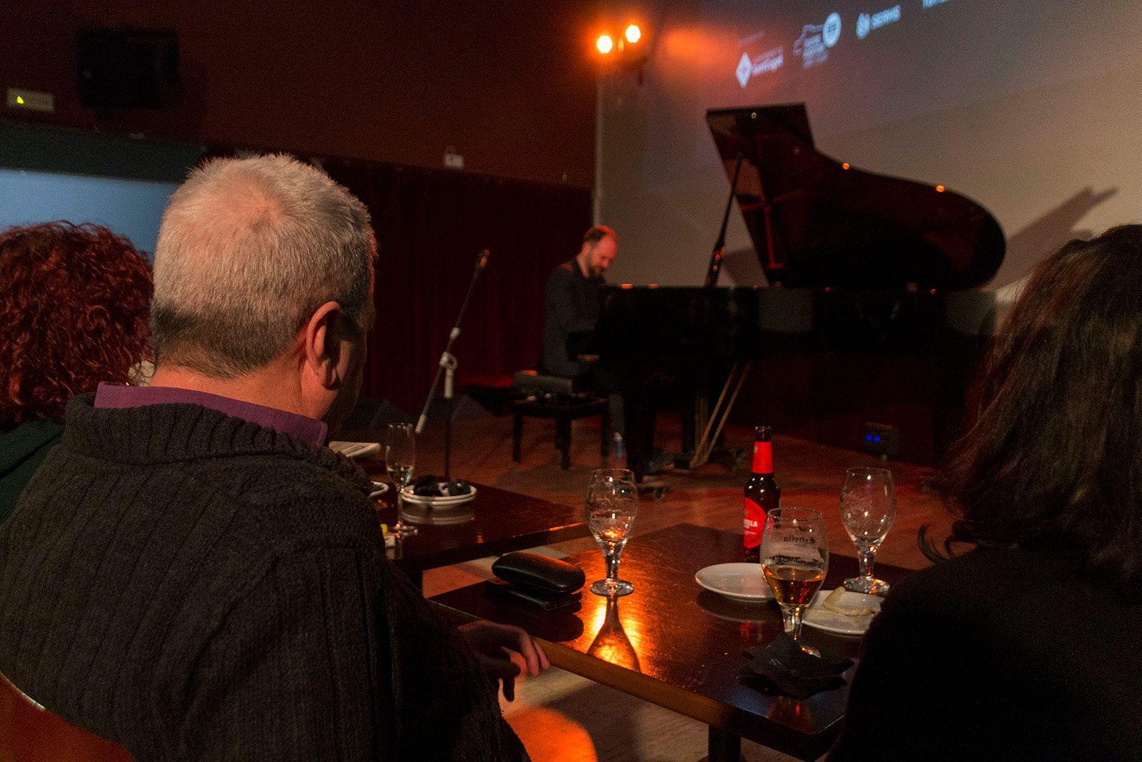 Jazzenviu al Cafè Auditori amb Roger Mas. FOTO: Paula Galván