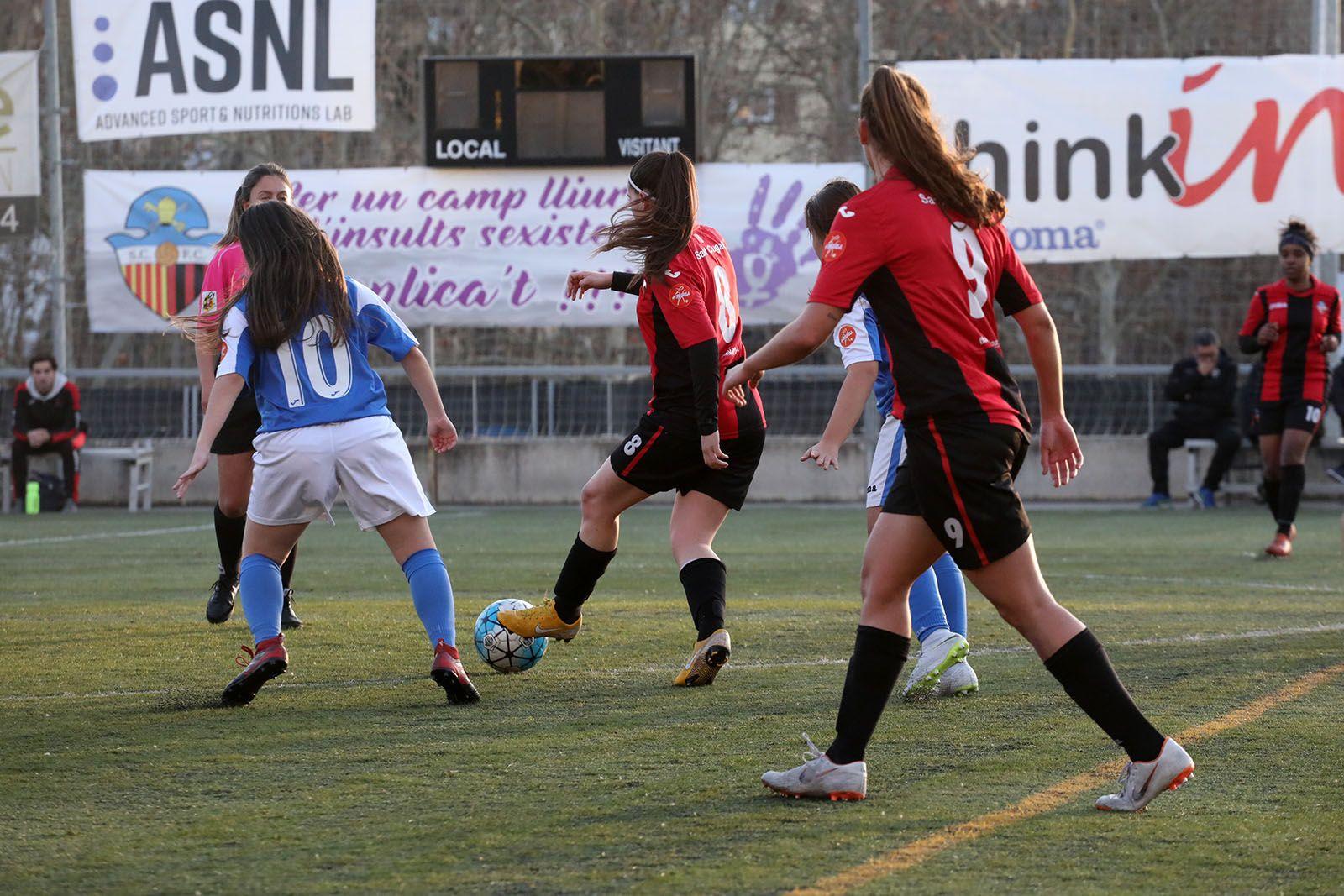 Lliga de futbol femení: Sant Cugat FC-SE AEM B. Foto: Lali Álvarez