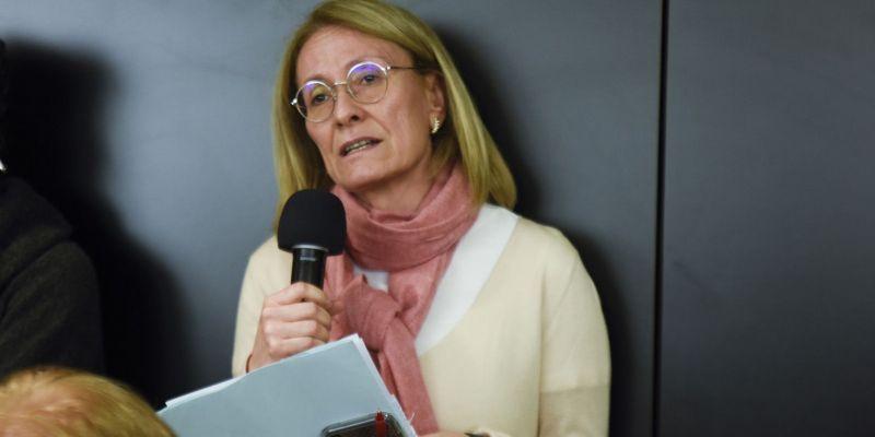 una de les intervencions, la de la Sra. Casta, durant el ple. FOTO: Bernat Millet