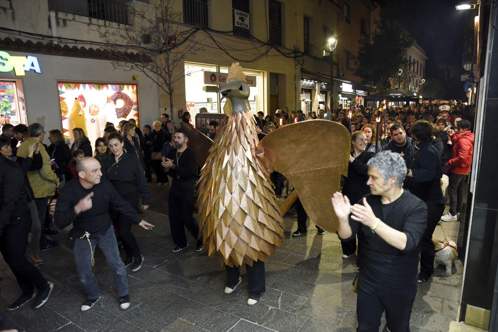 Processó del Gall cap a l'Ajuntament. Foto: Bernat Millet.