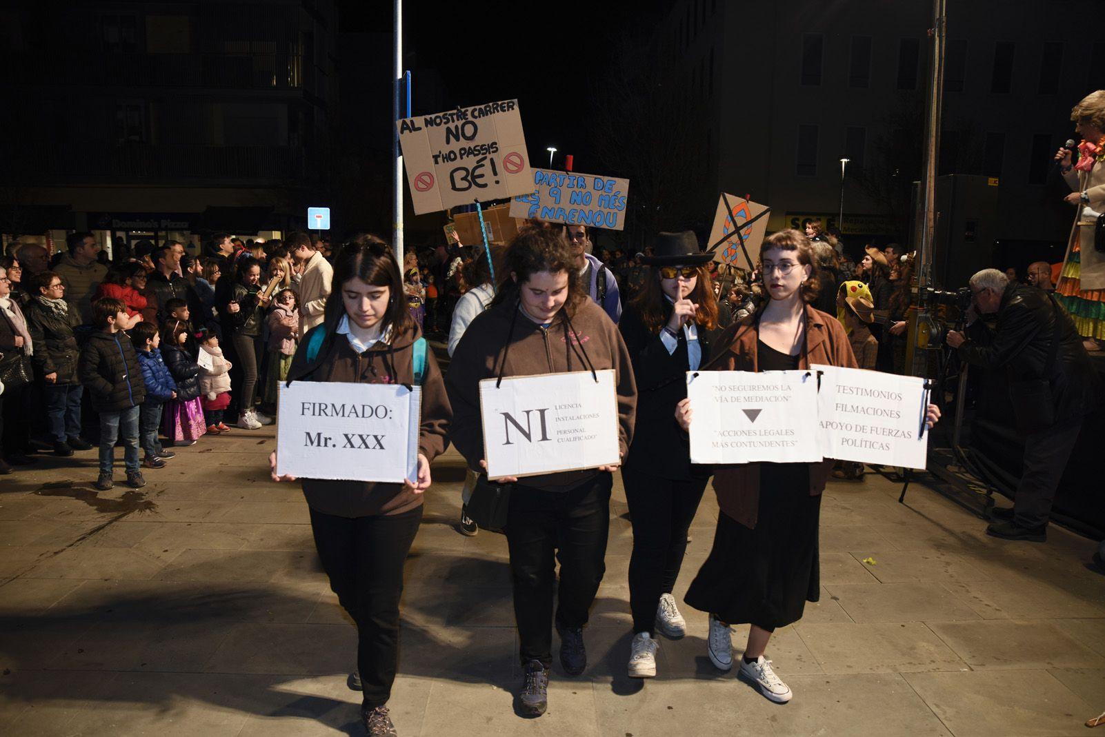 Rua i concurs de comparses de Carnaval. Foto: Bernat Millet.