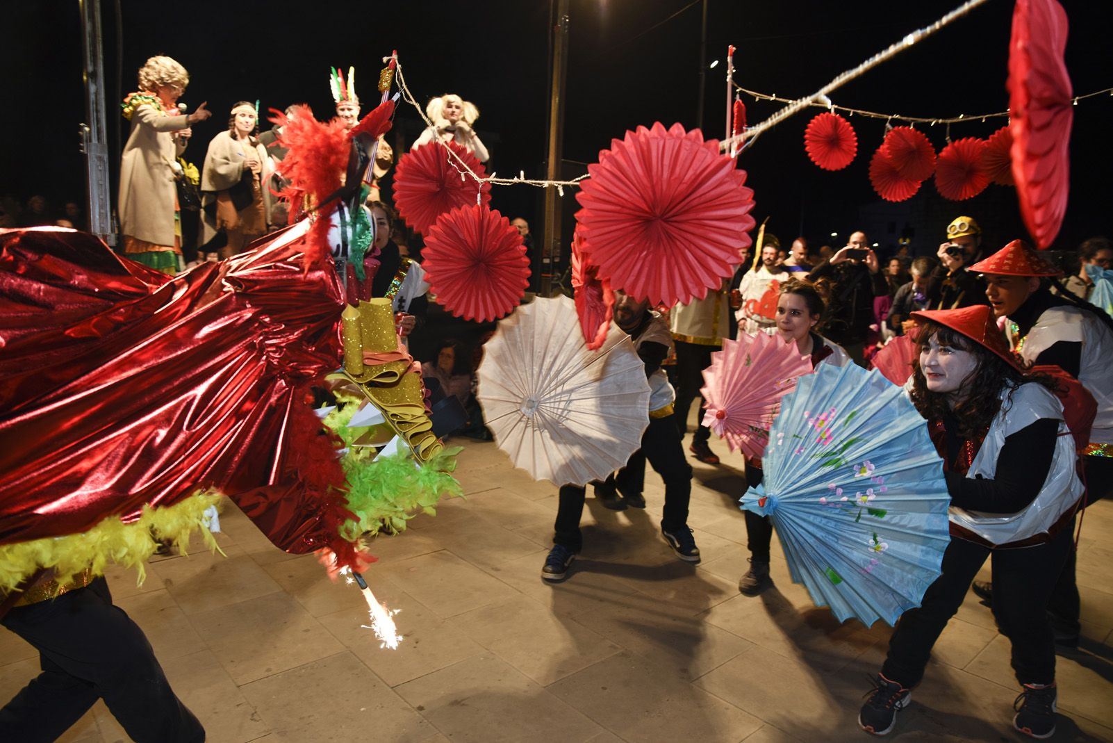 Rua i concurs de comparses de Carnaval 2019. Foto: Bernat Millet.