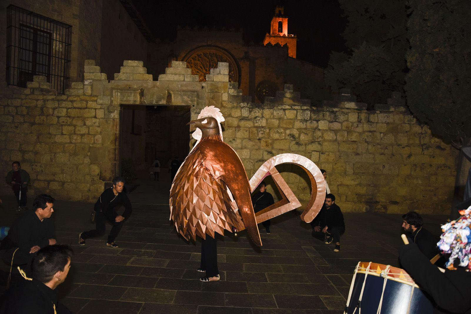 Processó d'enterrament del gall de Carnaval 2019. Foto: Bernat Millet.