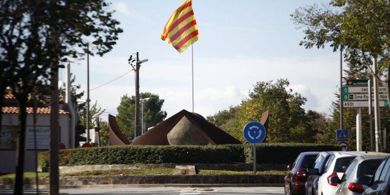 La modificació urbanística a Can Rosàs genera malestar al Ple, ajornant la votació