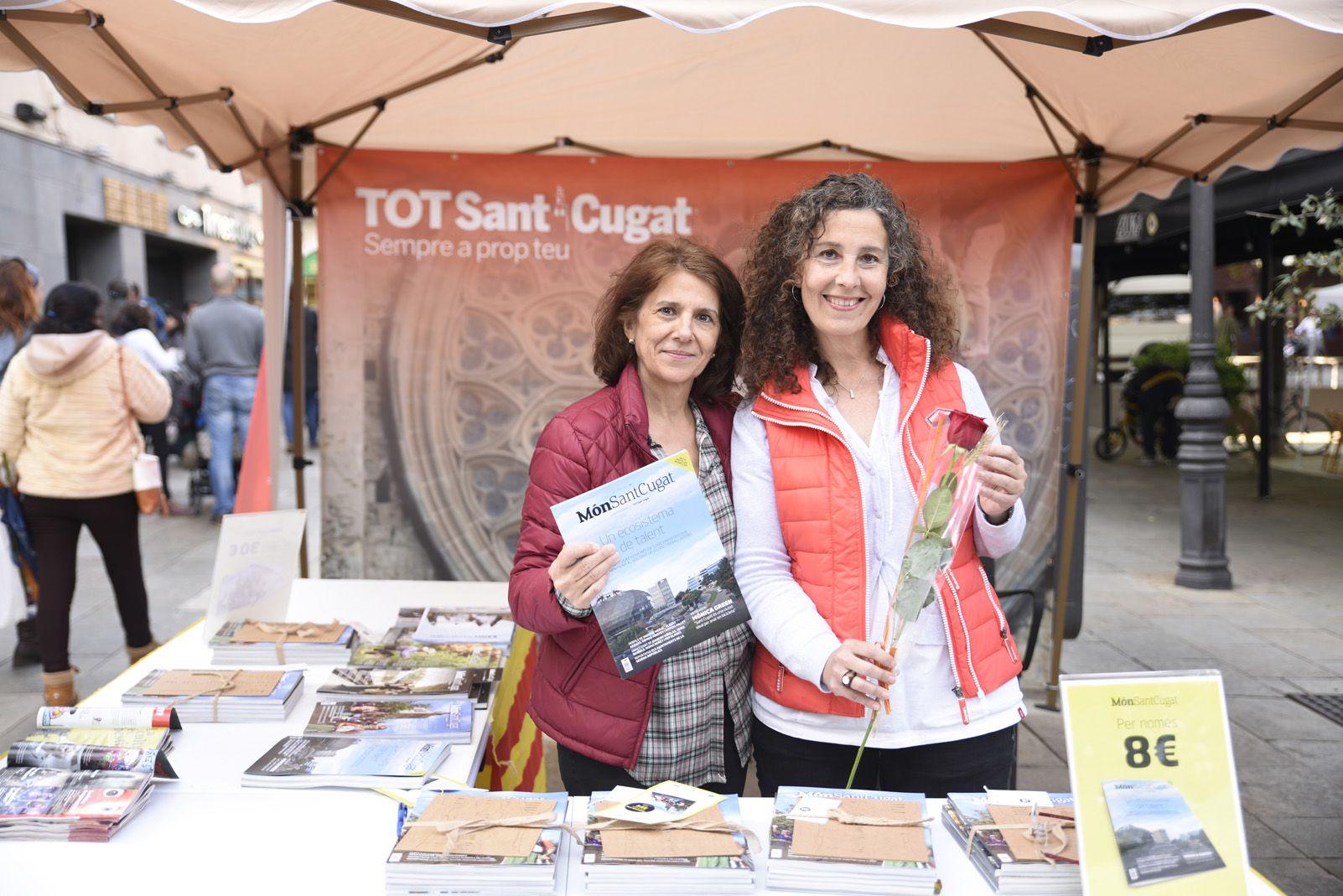 La parada del Tot Sant Cugat a la diada de Sant Jordi. Foto: Bernat Millet.