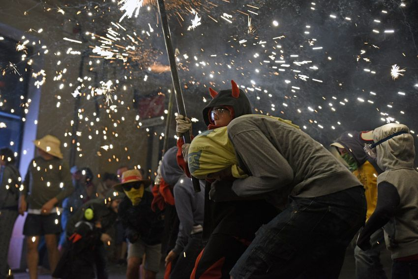 Corrafoc infantil i jove de Festa Major. Fotot: Bernat Millet.