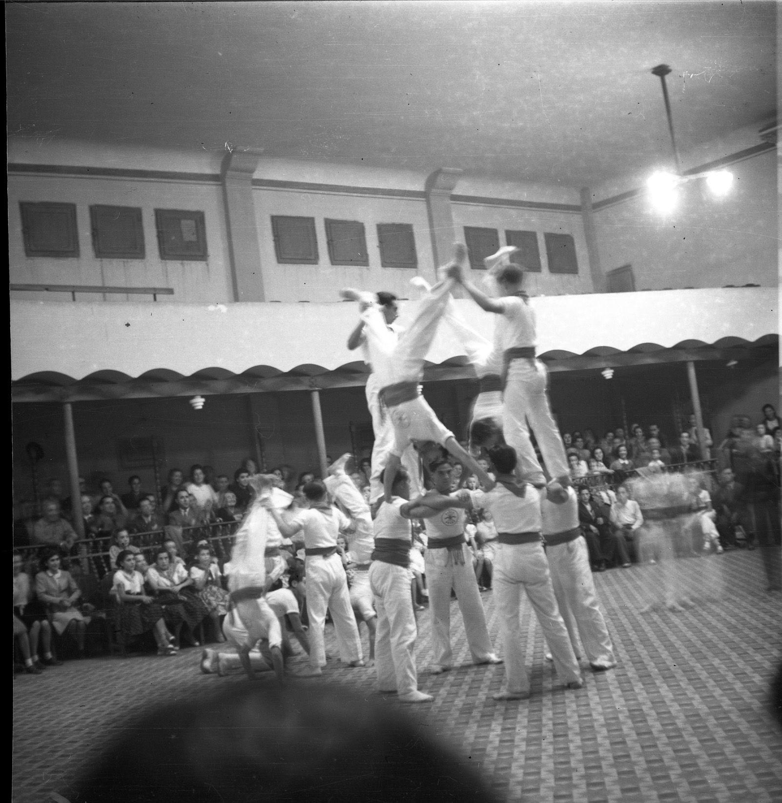 Mostre de cultura l'any 1948.