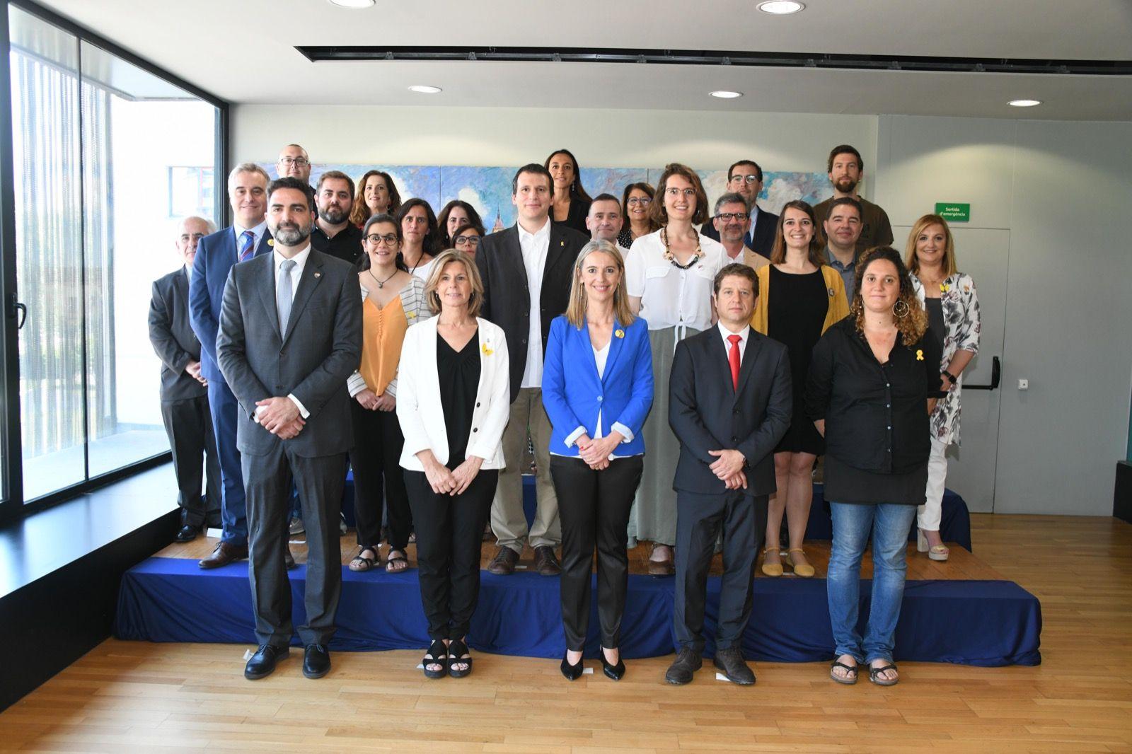 Foto de família dels 25 regidors santcugatencs. FOTO: Miguel López Mallach