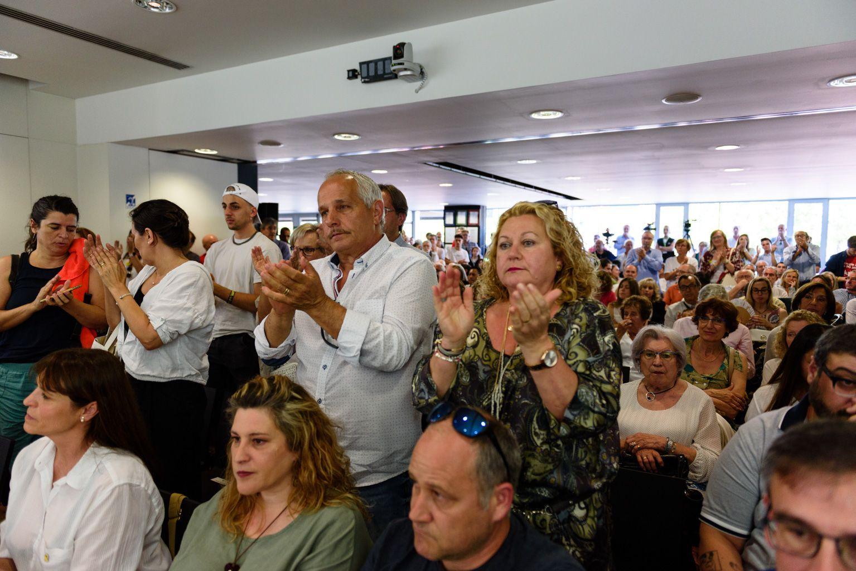Moments a la sala de plens de l'Ajuntament de Sant Cugat. FOTO: Miguel López Mallach
