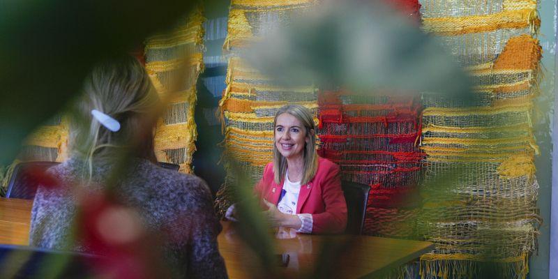 Moment de l'entrevista a Mireia Ingla. FOTO: Bernat Millet